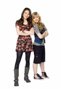 Miranda Cosgrove and Jenette Maccurdy