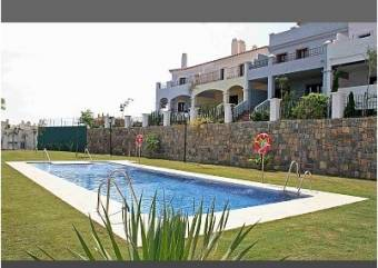 Chalet Guadalmina 590 € http://www.homeaway.es/p87941?cid=E_HAUKOwnerInquiry_NL_O_20121102_propertyid_text_LOTH&utm_source=NL&utm_medium=email&utm_term=20121102&utm_content=propertyid_text_o_loth&utm_campaign=HAUKOwnerInquiry