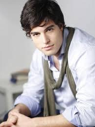Danilo Carrera (Axel)