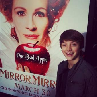 en la premiere de mirror mirror estuviste super dulce y tierno