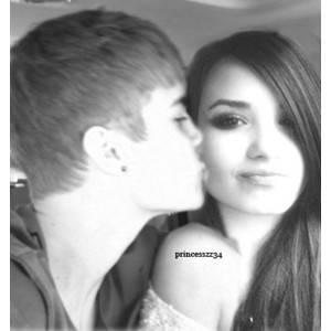 Justin con demi lovato (Dustin)