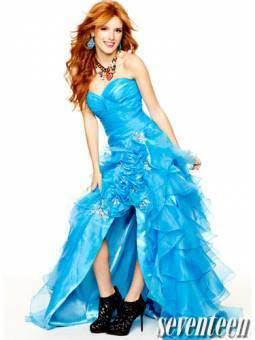 Super linda con vestidos