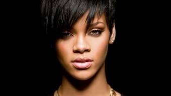 Porque es fan de Rihanna!!