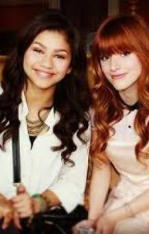 Que si Bella es más fea, que si Zendaya es más fea, las dos son lindas, si no fueran lindas ¿Cómo iban a salir en una serie de televisión?