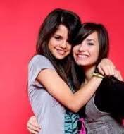 Por Que Mi Amistad Y La De Ella Se Parece A La De Sel Gomez y Demi Lovato