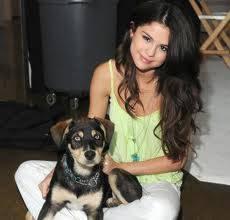 Selena Gomez y Baylor.