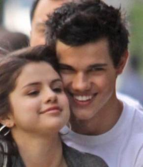 Selena y taylor lautner
