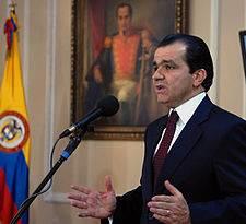 Oscar Ivan Zuluaga (Uribe Centro Democrático)