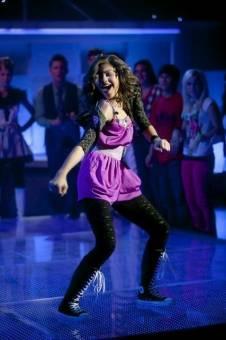 A Zendii también le dicen mala bailarina, ya les gustaría a ustedes bailar como ella baila