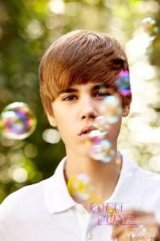 Justin Bieber: A favor