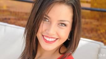 Catalina Zóccola - 18 años (Mide 1.70 y sus medidas son: 90 – 72 – 98)