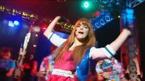 Bella Thorne como bailarina